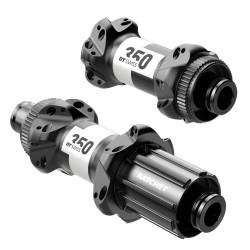 Rear road clincher wheel with Novatec hub