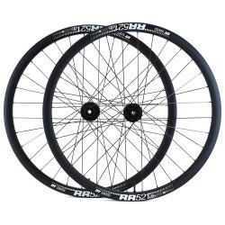 Rear road tubular wheel with DT370 track hub